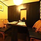 モダンな雰囲気の1F4名様個室