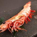 香ばしい海の幸。大海老塩焼・天ぷら