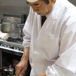 【匠の美技】 和食を極めた料理長が織り成す絶品に舌鼓を打つ