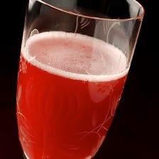 苺シャンパンカクテル