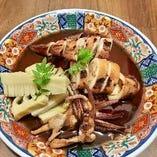 ◆やりいかと筍の煮付け 旬のやりいかと旬の筍に木の芽を添えて