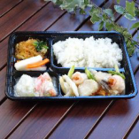 B-32 海鮮(えび・ほたて・いか)と野菜のさっぱり弁当