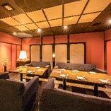 接待・会食・記念日・デートにおすすめの落ち着いた完全個室。