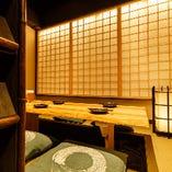 間接照明の効いた大人な雰囲気個室