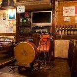 カラオケ、バンドセットなど充実設備