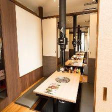 プライベート感溢れる個室を完備