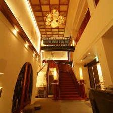 大正時代の迎賓館を思わせる空間