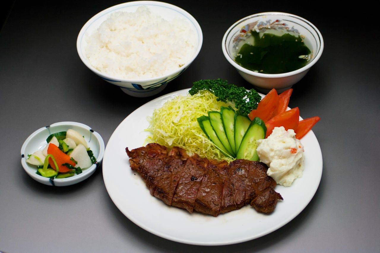 ◆ボリューム満点の定食