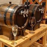 樽生ワインは1杯500円(税別)~各種ご用意しております。