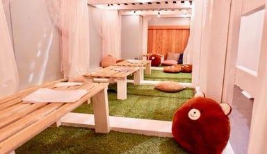 隠れ家 個室 DIYカフェ 梅田中崎町店 店内の画像