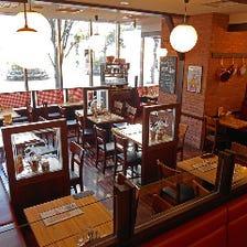 開放感溢れるレストラン&ビアホール