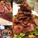 やっぱりこの夏もお肉でしょ!絶品お肉料理そろえてます!