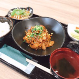 ピリ辛!鶏キムチ炒め定食