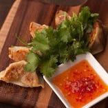 パクチーズ香鶏餃子
