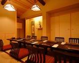 接待向けのお座敷個室や宴会で使える宴会場もご用意しております