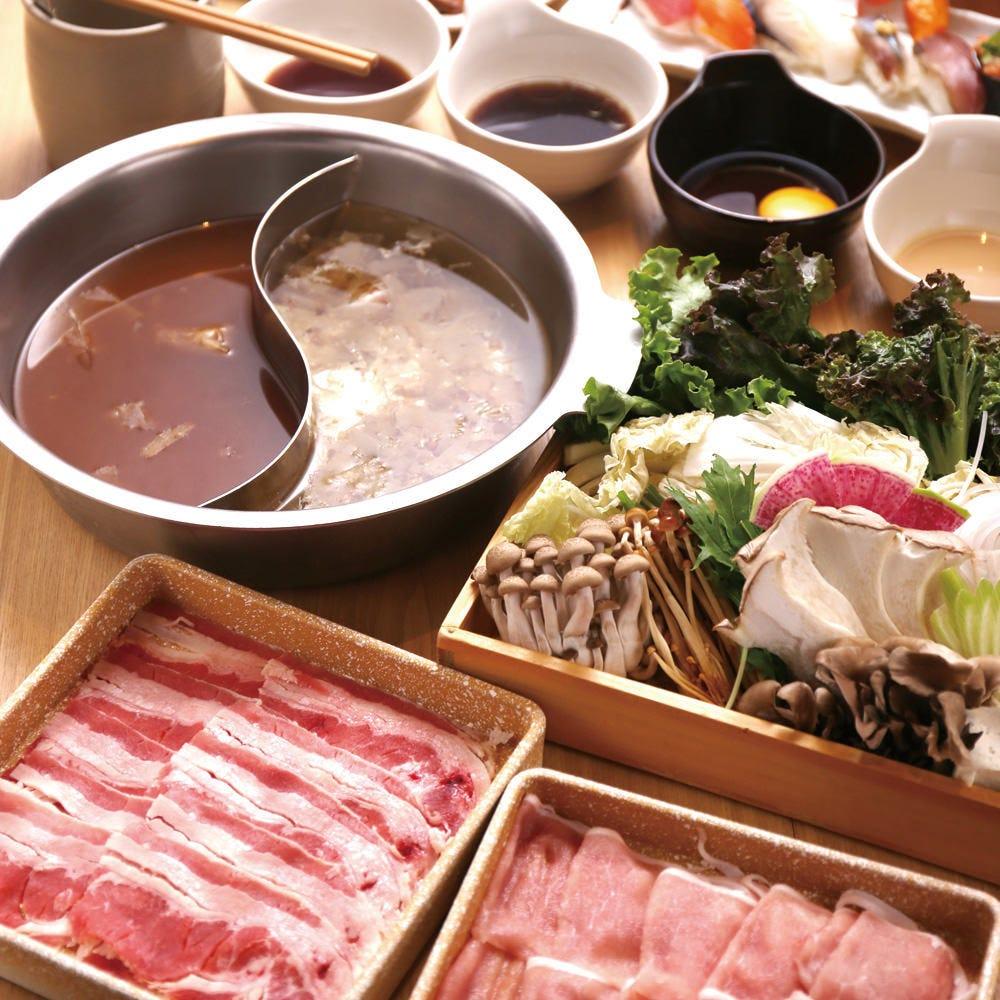 2色鍋の豚しゃぶ+料理50品食べ放題