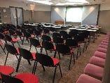 会議室として1時間単位でのご利用が可能です。