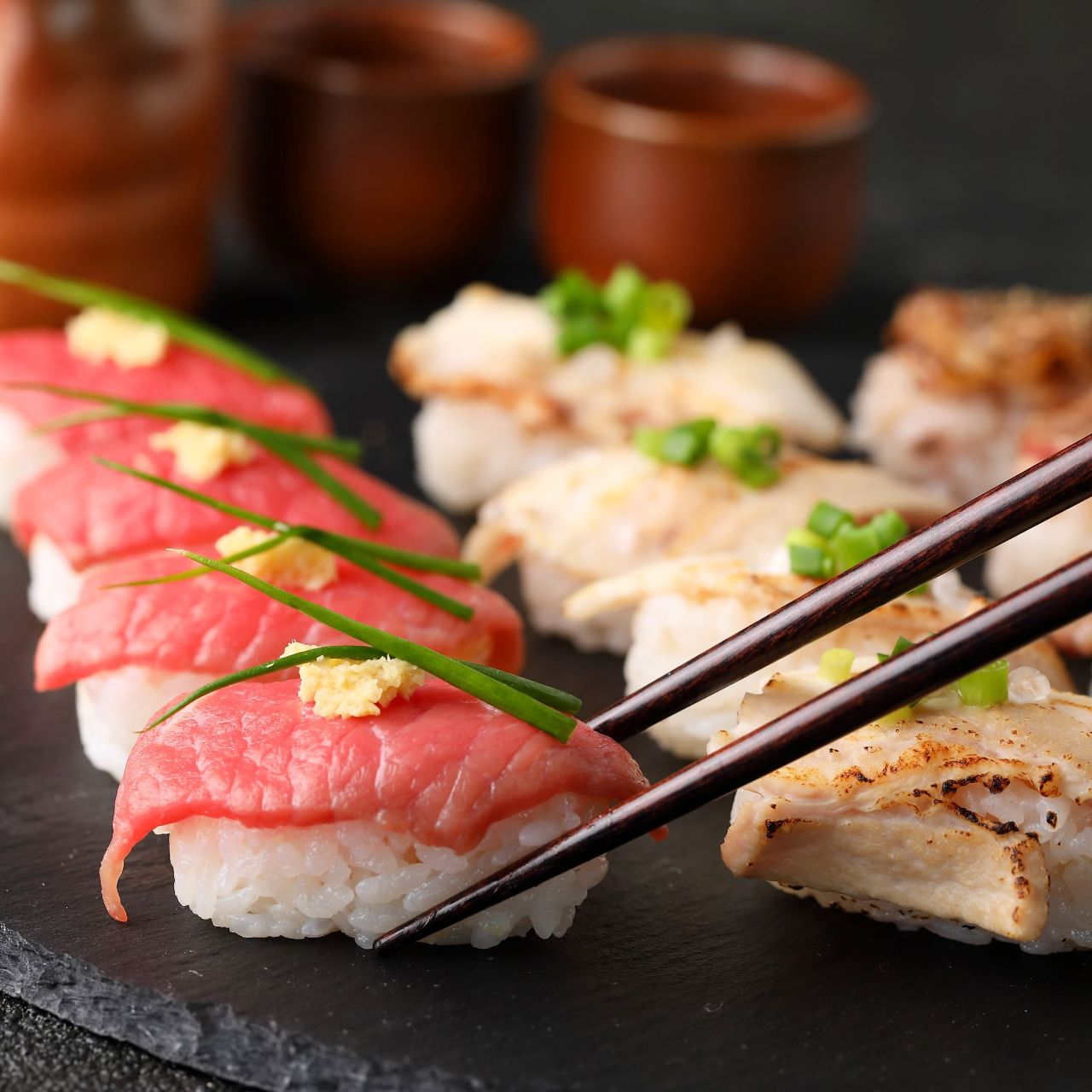 馬肉寿司や炙り肉寿司も人気!海鮮とお肉が美味しい!!