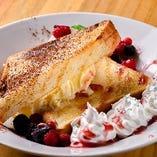 【デザート】 「ハニーパンアイス」は女性やお子様に大人気♪