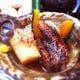 焼き角煮は、4時間煮込んでます。豚バラがトロトロです。