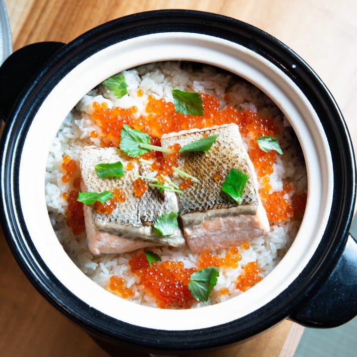 お手頃コースをちょっと豪華に♪新鮮な旬の魚と季節の土鍋めしを楽しむ『おまかせ特選コース』全7品