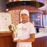 本格ピッツァ♪ピッツァ世界選手権にて2012年外国人部門優勝!