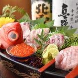 佐渡島産の食材を使った海鮮料理。
