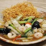 あんかけフライ麺(醤油味又は塩味)