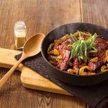 サガリ肉のステーキドリア