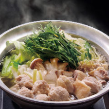 琥珀スープで食べる絶品水炊き。