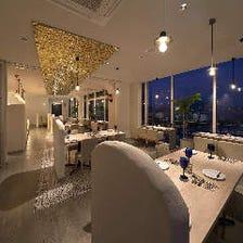 ギリシャのリゾートレストラン風