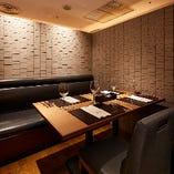 <完全個室を4部屋完備>4~6名様×4室あり、様々なシーンに対応する上質な空間