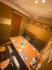 上質の空間。高級感溢れる完全個室