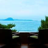 日本百景の唐津湾の望む安らぎの時間