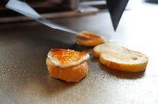 イタリア産スカモツッアアフミカータチーズのグリル