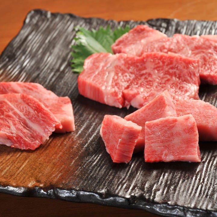 なかなか出合えない希少部位や 近江牛の熟成肉もご期待ください