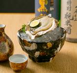 石川県、能登で獲れた旬の岩牡蠣です。