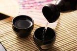 【日本酒30種付き飲み放題】※10名様以上の場合、乾杯ビールは瓶ビールをお願いする場合があります。