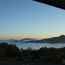 すがすがしい美の山の朝