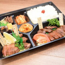 特撰盛り弁当  ¥5,000