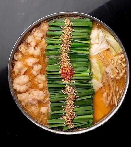 前田屋のお鍋は「みそ」「しょうゆ」「辛もつ鍋」の3種類を用意