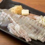 「北海網元焼」は刺身用のスルメイカを使用した贅沢な酒の肴♪