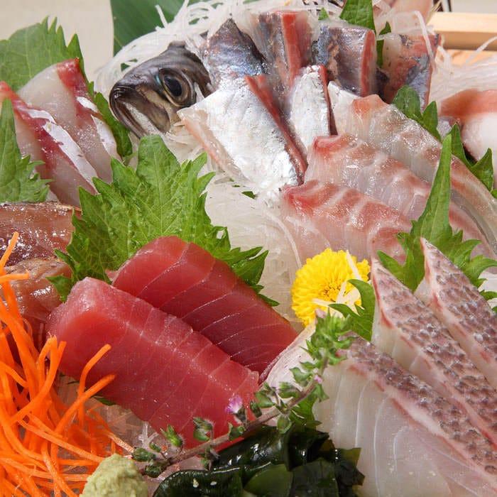 【鮮魚とマグロ料理】