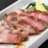 イベリコ豚肩ロースのグリル トリュフ風味