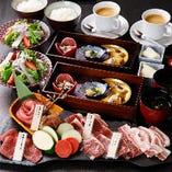 様々な部位の肉5種盛りが含まれる!ドリンク2杯付きのランチコース『福-HUKU- 御膳』
