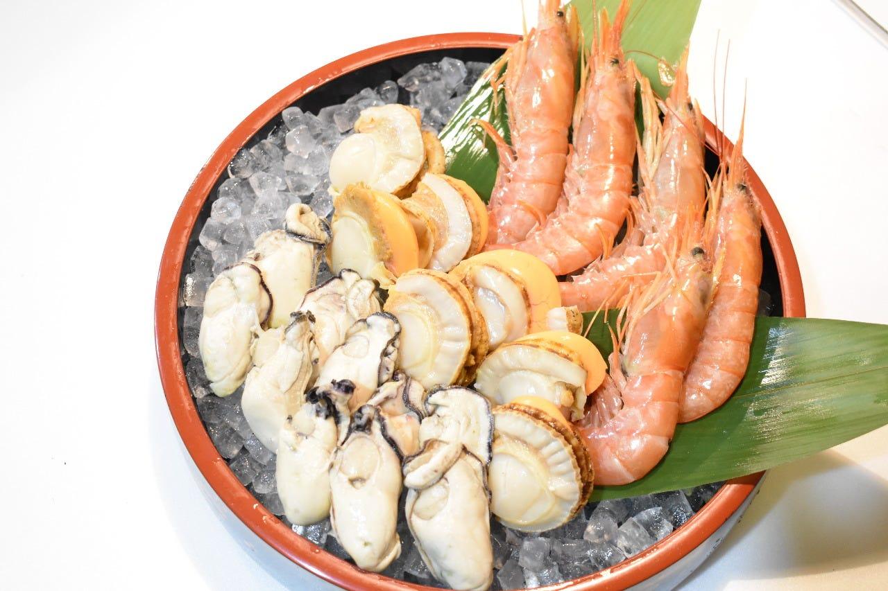 海老・帆立・牡蠣の海鮮焼きコース