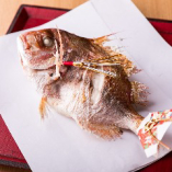 祝い鯛など喜びの場に相応しいお料理もご用意