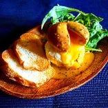 Twohands名物ウホマヨ燻製ポテトサラダ