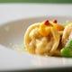 空豆とペコリーノチーズのラビオリ