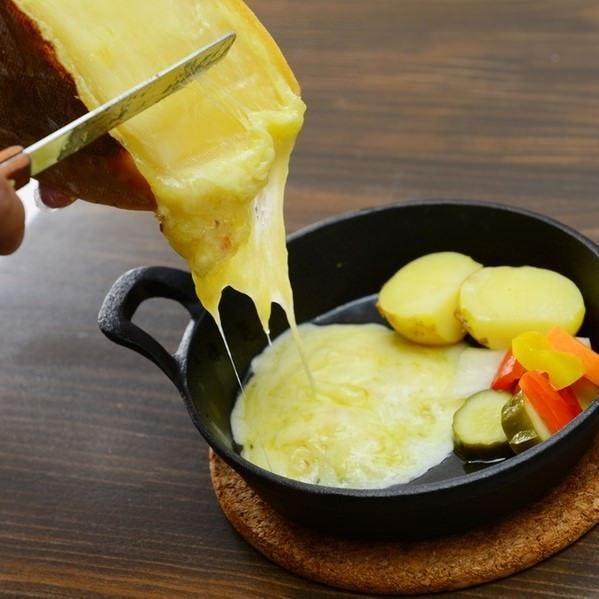 世界のチーズを食べ比べ!